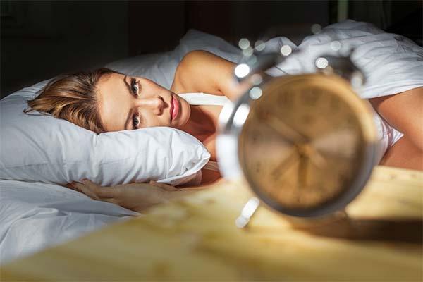 Как быстро заснуть, если не хочешь спать