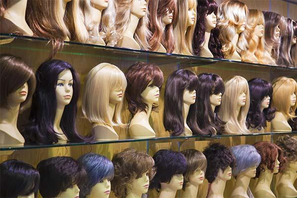 Как хранить парик из искусственных волос