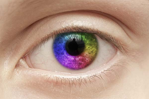 Как изменить цвет глаз без линз и операций