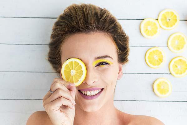 Как лимон влияет на кожу лица