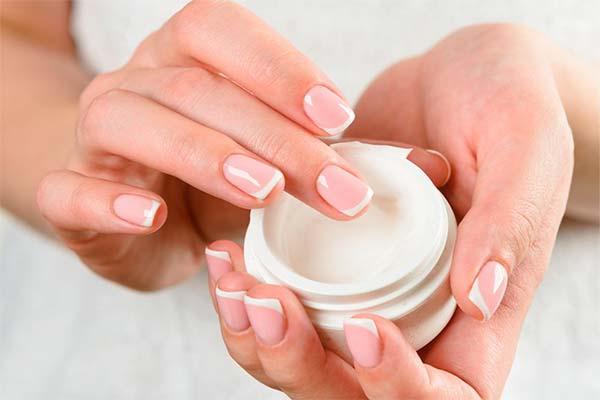 Как ухаживать за поврежденными ногтями после снятия