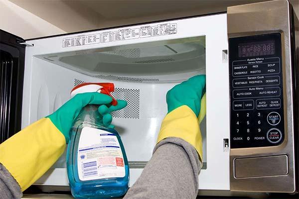 Профессиональные средства для чистки микроволновки