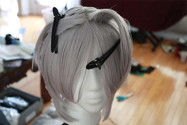 Рестайлинг парика у стилиста