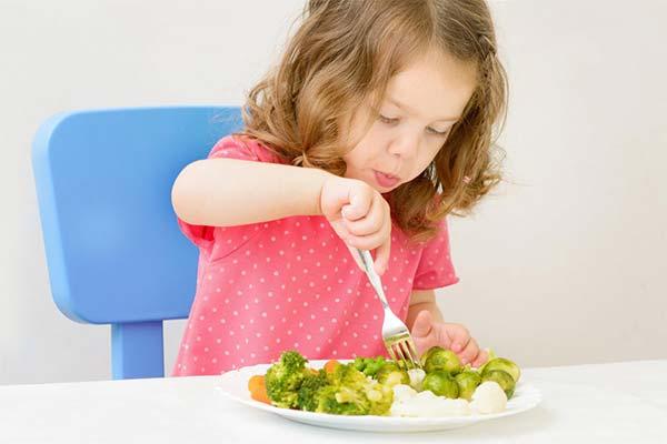Что дать поесть ребенку после рвоты