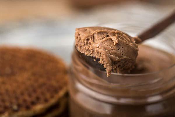 Шоколадная арахисовая паста